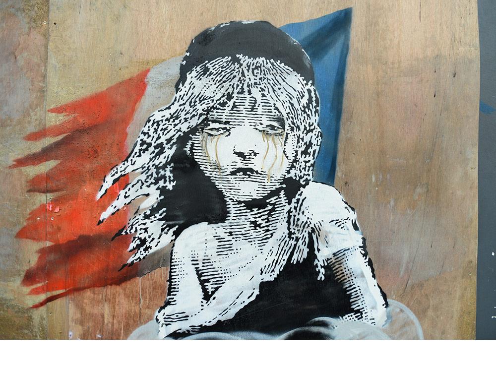 Occultata l'ultima opera di Banksy, la prima a essere interattiva