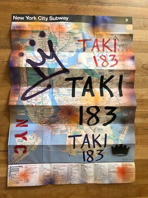 TAKI 183 alla Ischia Street Art con le mappe della metropolitana di New York