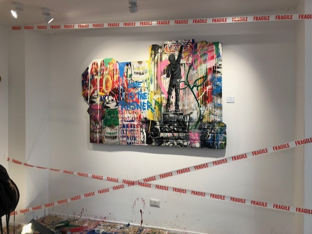 "La mostra ""Milan is beautiful"" di Mr. Brainwash? Peggio dei video dei gattini su Facebook"