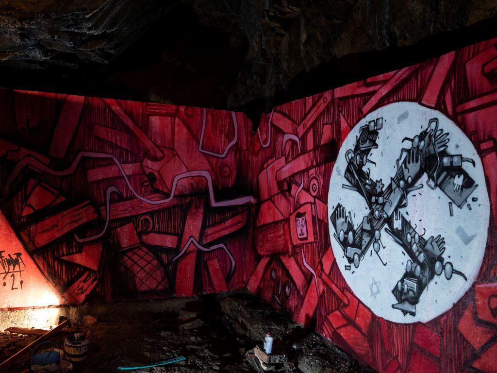 """Il """"Logo al Rogo"""" di Mrfijodor per Bunker Walls di Bolzano"""